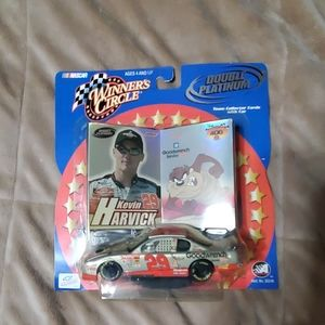 Nwt Kevin Harvick #29 GM 1:43 scale